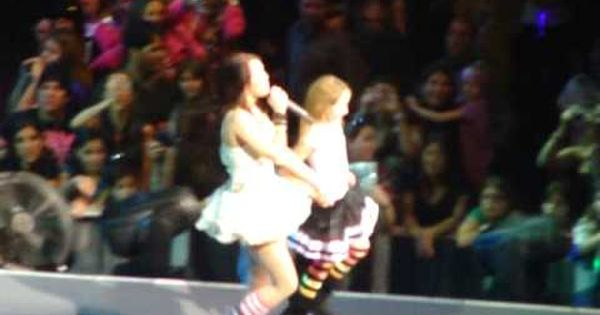 Hoedown Throwdown Miley And Noah Cyrus Dance Off Noah Cyrus
