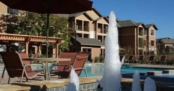 You Ll Be Basking Poolside At This Luxurious Alamo Heights Community Your San Antonio Apartment Home Will San Antonio Apartments Luxury Apartments Apartment