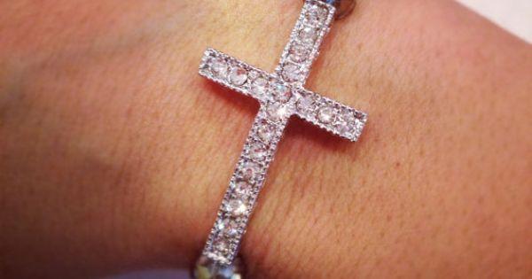 Beautiful cross bracelet :)
