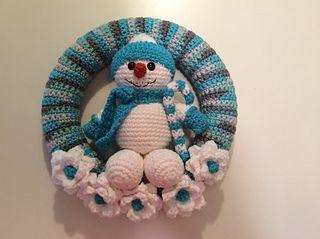 Snowman Winter Wreath Pattern By Lisa Kingsley Crochet Wreath Pattern Christmas Crochet Patterns Christmas Crochet