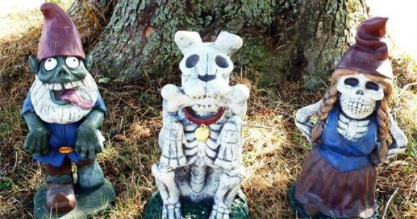 """Gnome In Garden: Halloween Yard Garden Decration Large 18"""" Zombie Gnome"""