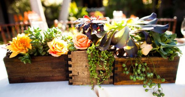 Wooden box centerpieces perfect for a late summer wedding