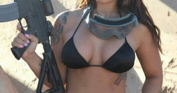 bikini blogs Ar15 gun
