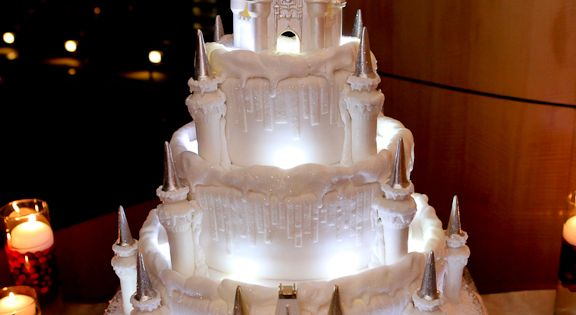 "Amazing Disney Wedding cake from Wedding Cake Wednesday: Holiday ""Ice"" Castle 