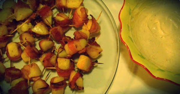 bacon wrapped potato bites with spicy dipping sauce. | Yumminess ...
