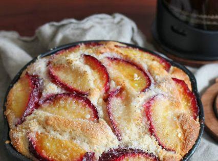 Roasted Plum and Almond Skillet Cake | Skillet cake ...