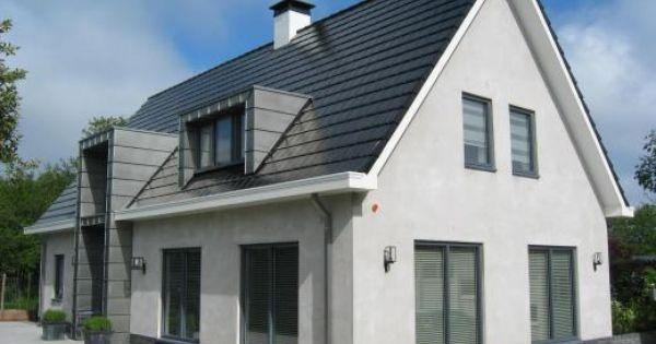 Een eigentijdse woning hoeft niet per s een woning te zijn met een plat dak deze woning met - Gecoat witte gevel ...