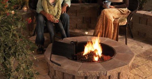 feuerstelle selber bauen naturstein rund terrasse zu