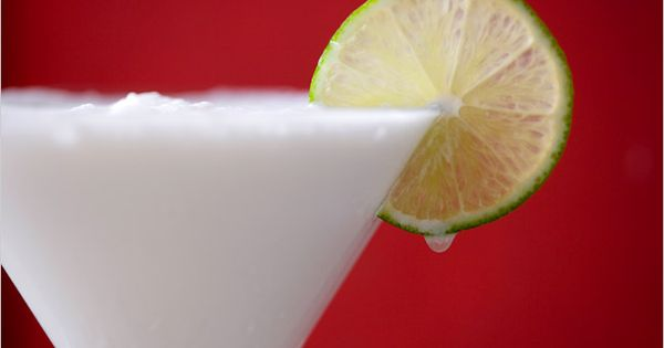 Cartagena Limeade (coconut milk, lime juice, sugar). Photo: Andrew Scrivani for The