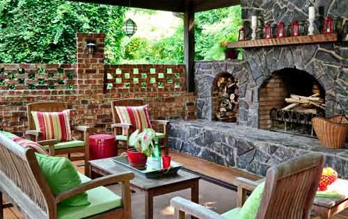 A guest room and more outdoors terrazas jard n y mansiones for Sims 2 mansiones y jardines