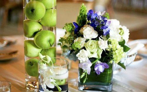 table decor for rosh hashanah