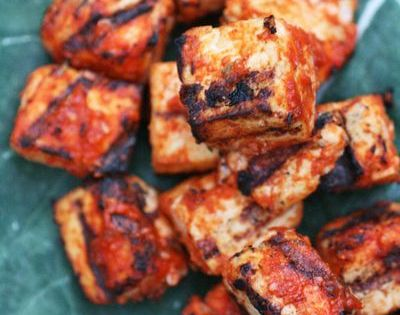 Sriracha grilled tofu 1 14-16 ounce container extra-firm tofu 3/4 cup Sriracha
