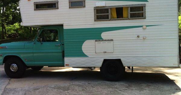 our awesome vintage 1968 ford huntsman camper shabby chic vintage travel trailers. Black Bedroom Furniture Sets. Home Design Ideas