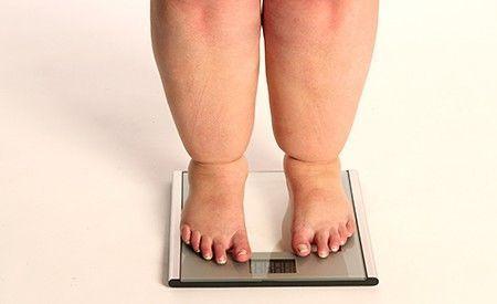 Die richtige Ernährung, um Fettleibigkeit und Übergewicht zu vermeiden