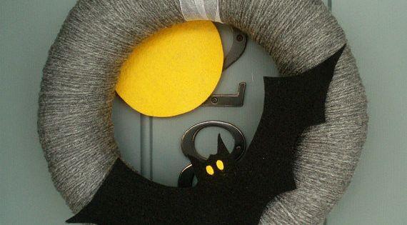 DIY Halloween wreaths ideas front door decor black bat pack thread