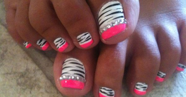 Beautiful Toe nail design !