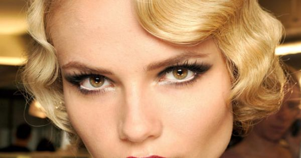 Finger waves for short hair, smoky eye makeup, red lips