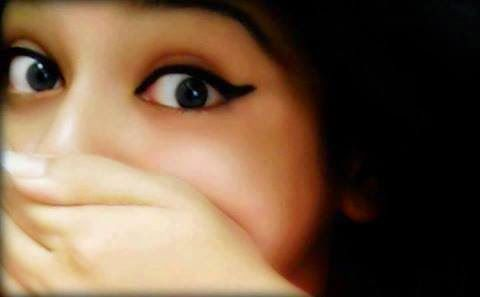 Beautiful Girl Eyes Fb Dp Hide By Hand Facebook Display Pictures