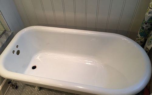 Heads up there 39 s little good information out there for Porcelain clawfoot bathtub