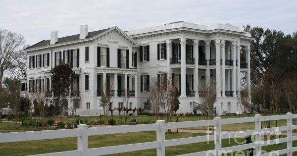 Historic Plantation Southern Plantations House And