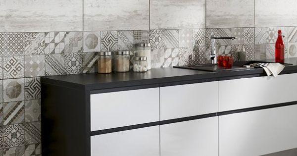 Combinaci n de azulejos para un dise o muy decorativo - Azulejos decorativos cocina ...