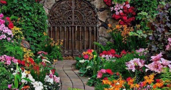 Gorgeous garden to start the new year flores de colores for La bioguia jardines