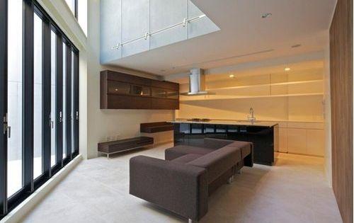 広さよりも空間を手に入れる感覚 模様替え テラスハウス 竣工