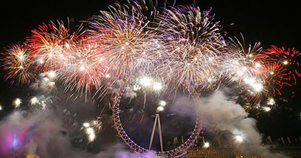 Top Ten New Year S Songs Songs For New Year S Eve And New Year S Day With Videos Na New Year S Eve Around The World New Years Eve Fireworks London Holiday