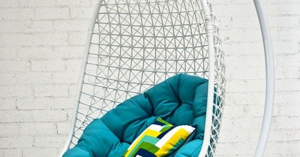 Hanging chair! Awesome... Want this! product_design furniture_design