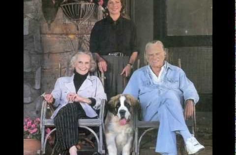 Picture Of Billy Graham And His Dogs