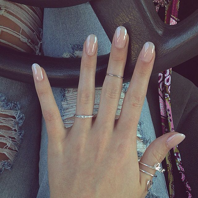 Round Nails Hate Squared Nails Nails Pinterest Round Nails