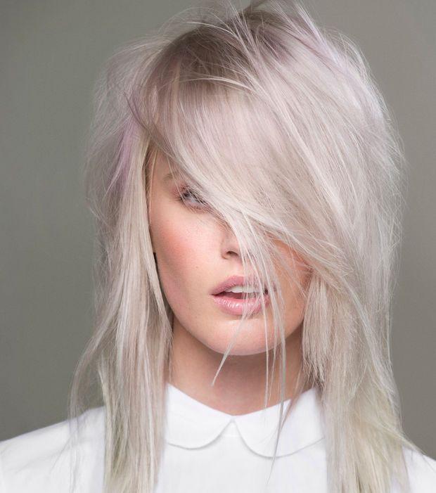 41 best blond platine blond polaire images on pinterest blond platine blondes et cheveux blancs. Black Bedroom Furniture Sets. Home Design Ideas