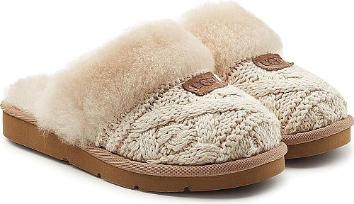 UGG Australia Women's Shoes in Beige Color. An indulgent choice for relaxing at home, these beige knit and cream sheepskin slippers from UGG Australia are the most comfortable pair you can buy for the upcoming cold season.