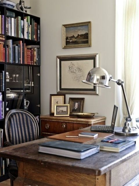 Stylish And Dramatic Masculine Home Offices