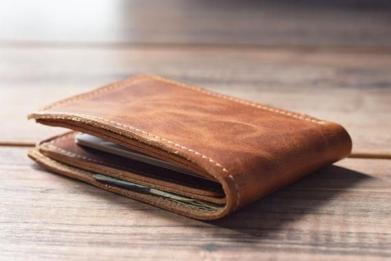 Klassieke Bifold Portemonnee Mens Lederen Portemonnee Etsy Leather Wallet Mens Leather Wallet Personalized Leather Wallet