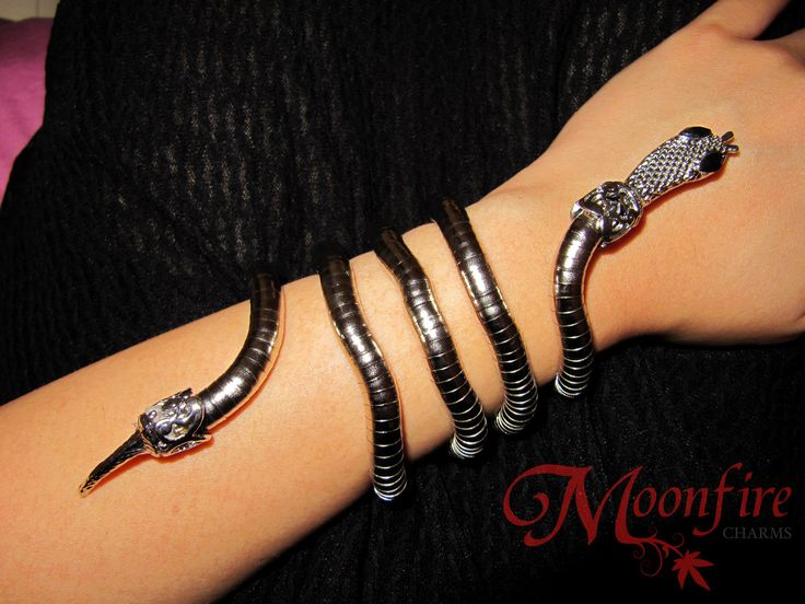THE MORTAL INSTRUMENTS Isabelle Lightwood Serpent Cuff Bracelet – Moonfire Charms