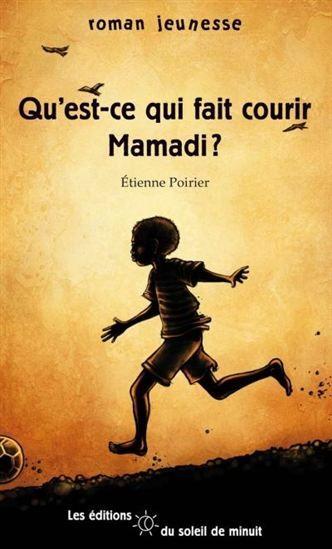 Est-ce la peur des hommes qui ont attaqué son village qui fait courir Mamadi? Ou est-ce l'espoir de retrouver sa mère? Est-ce plutôt le souvenir cruel d'une comptine d'enfant dont il a fait l'objet ou le rêve de devenir joueur de soccer professionnel? On ne sait pas trop pourquoi, mais Mamadi court et court toujours. Roman envoutant de rêve et d'espoir où la vie triomphe, Qu'est-ce qui fait courir Mamadi?