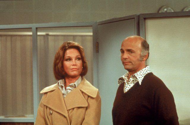 Mary Tyler Moore and Gavin MacLeod in Mary Tyler Moore (1970)