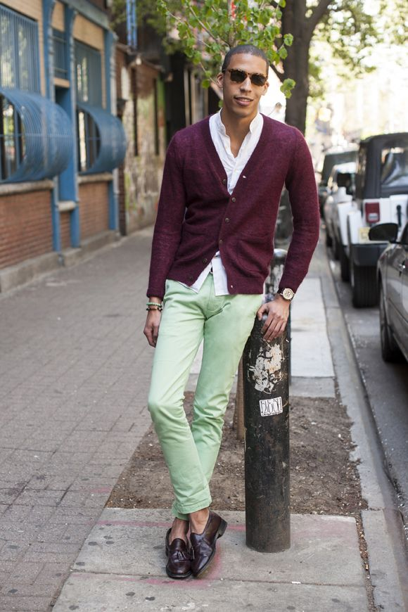 how to wear green chinos