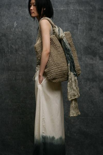 gran bolso de ganchillo de red forrado de tela