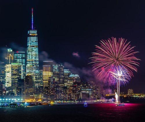 Fireworks tonight in NYC by @brandontaoka