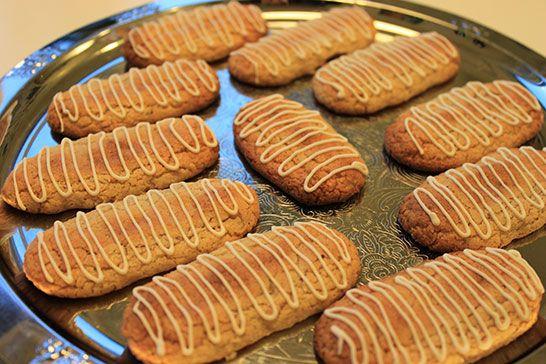 Kransekage - dansk nyårskaka med mandelmassa