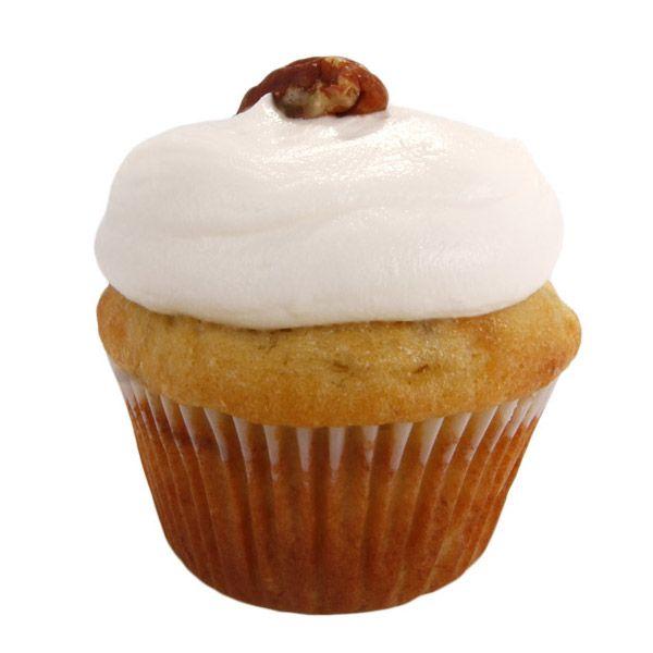 Si buscas un postre con sabor a una fruta deliciosa prueba nuestro cupcake de masa de banano y crema de queso y pecan.