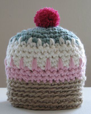 Mini Muffin hat pattern - good use of colors