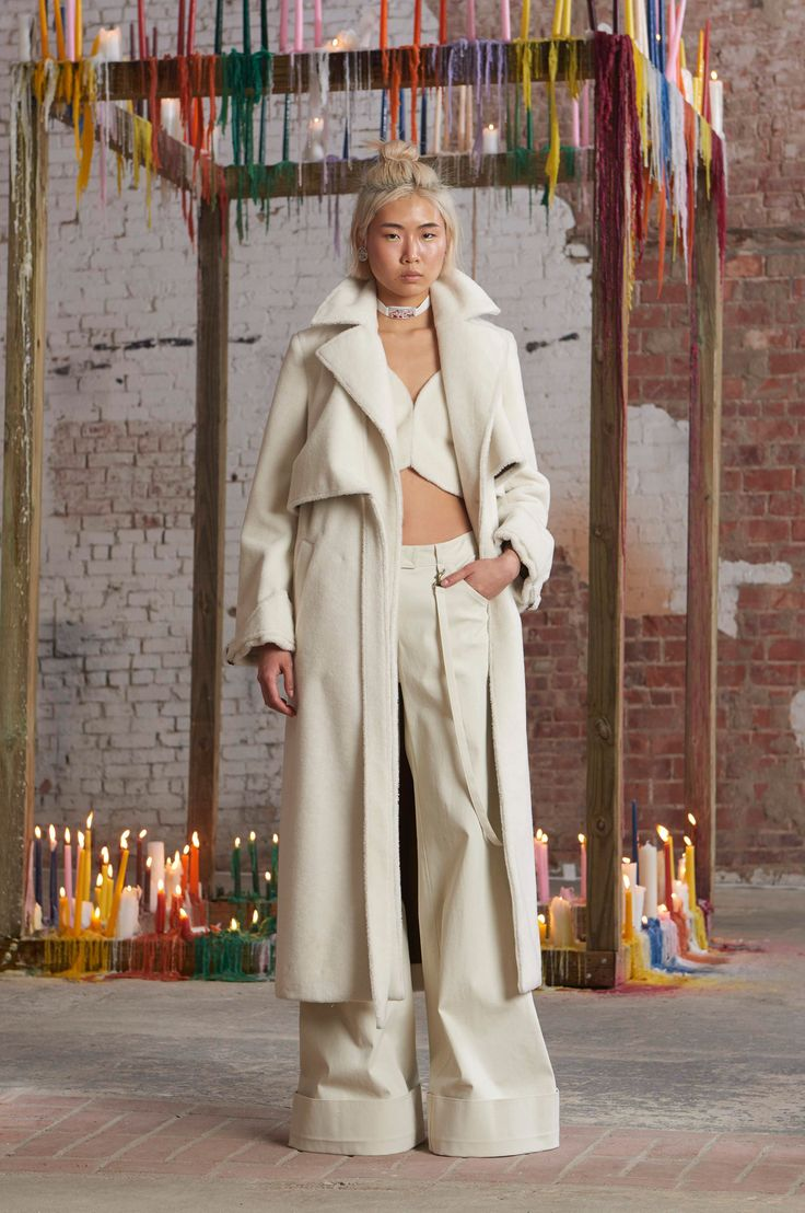 Rosie Assoulin Fall 2016 Ready-to-Wear Fashion Show  Rosie Assoulin's presentations are ALWAYS diverse  http://www.theclosetfeminist.ca/  http://www.vogue.com/fashion-shows/fall-2016-ready-to-wear/rosie-assoulin/slideshow/collection#2