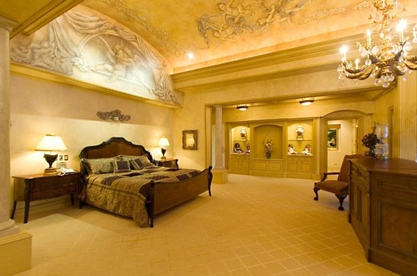 Home interior decor idea bedroom lavish luxurious for Beautiful rich houses