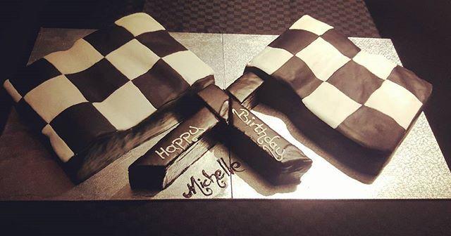 #resiscakeart #sugarart #richmoistchocolatemudcake #chocolate #mudcake #50th #birthdaycake #racecar #checkeredflag #race #happybirthday #southwestfood #dunsborough #margaretriver #busselton