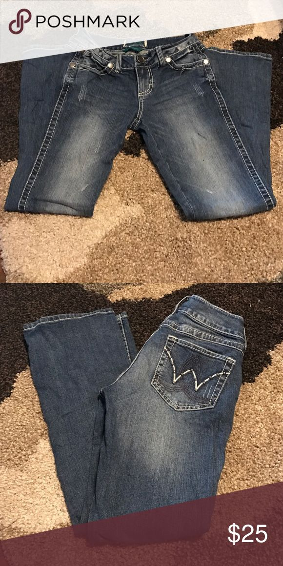 NEW Wrangler Boot Cut Jeans Size 3/4 x 30 Brand new! Ordered online and they didn't fit right so I'm selling. No tags but they've never been worn. They are a size 3/4 and inseam of 30. Wrangler Jeans Boot Cut