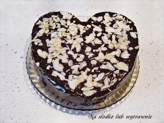 Na słodko lub wytrawnie: Walentynkowe  łatwe ciasto czekoladowe