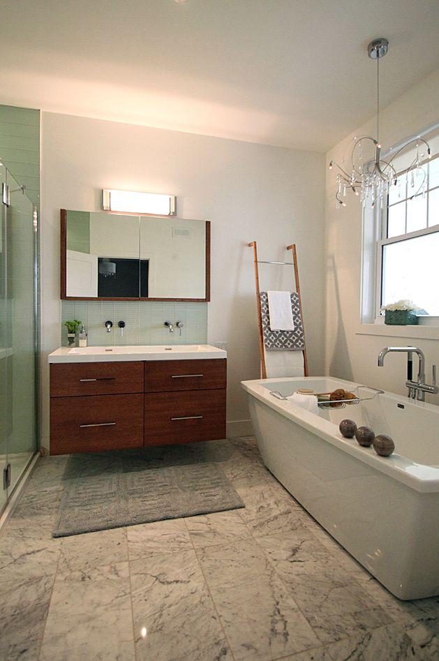 9 best Propiété à Bromont images on Pinterest Commercial - plafond pvc pour salle de bain